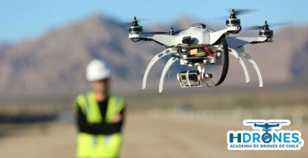 ¿En qué puedo encontrar trabajo si sé manejar un dron?